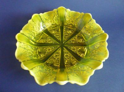 Large Davidson's Yellow Pearline Glass 'Lady Chippendale' Round Dish c1885